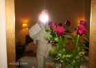 Фото туриста. Уж очень жене розы понравились, приятно...