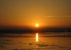 Фото туриста. Закат на соленом Поморийском озере