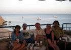 Фото туриста. В рыбном ресторане с кальянами
