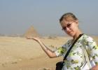 Фото туриста. Оля и пирамида