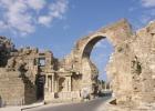 Фото туриста. руины древнего театра