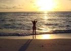 Фото туриста. Девушка и океан