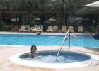Фото туриста. Джакузи рядом с подогреваемым бассейном напротив отеля