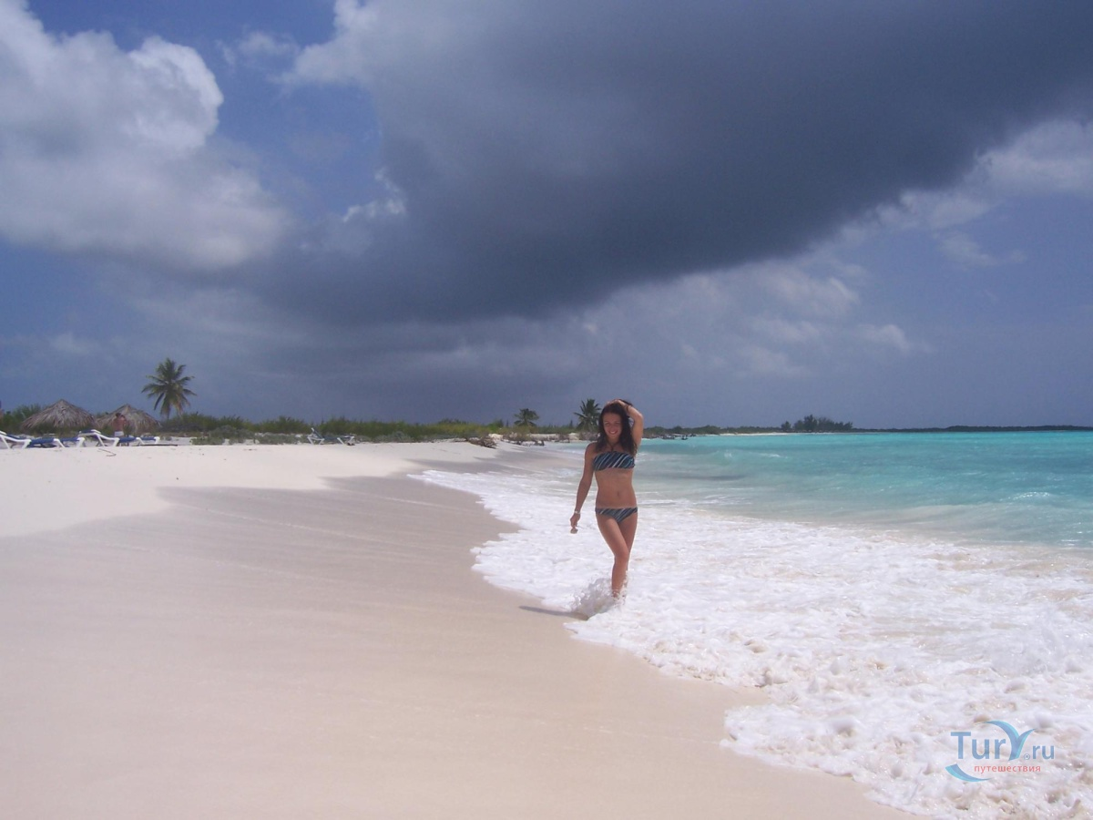 topless-pictures-of-cayo-largo-cuba-bitch-might-be-your-wife