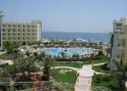 Фото туриста. вид отеля из главного корпуса