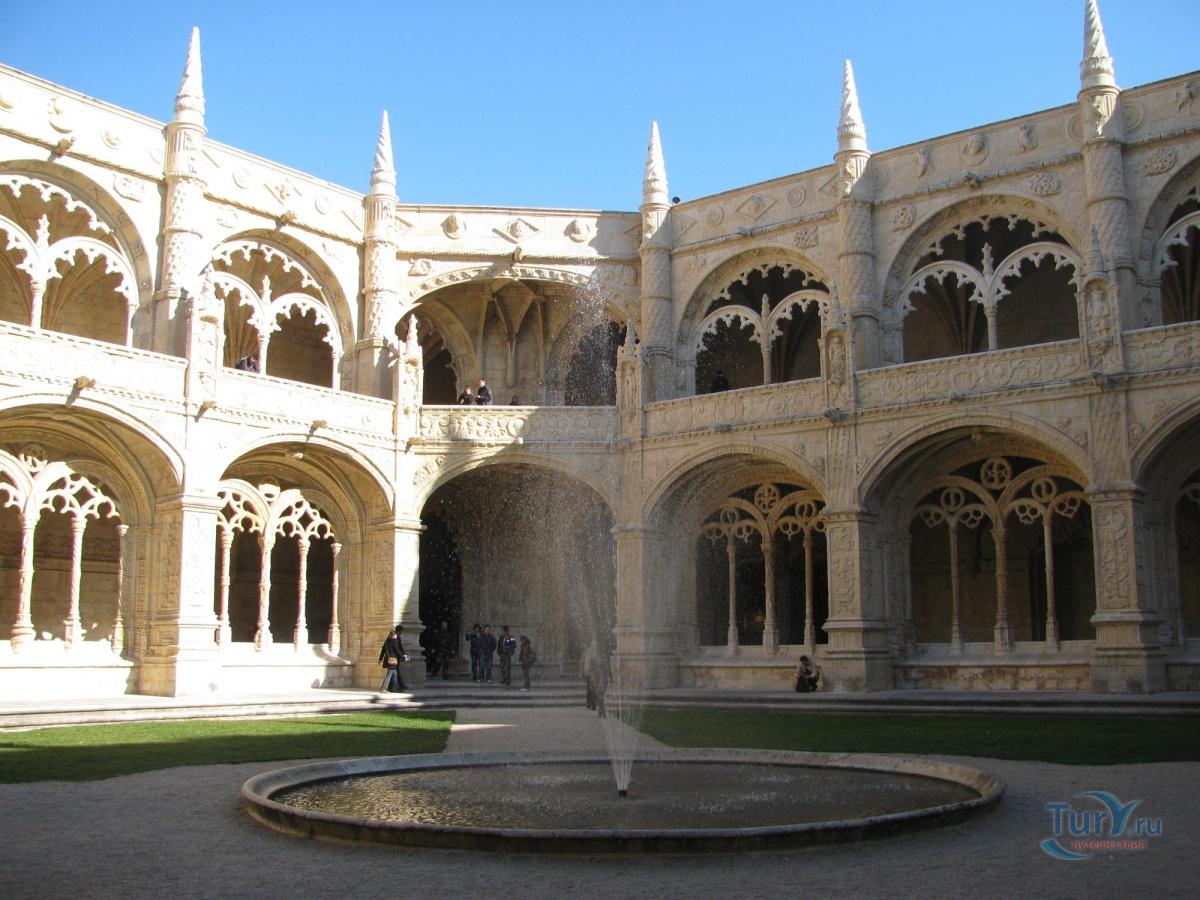 португалия жеронимуш фото и описание южного входа которая при нагреве