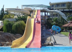 Eri Beach Aparthotel , �������� � �������� ����� Star Beach
