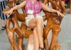 Фото туриста. Кресло-качалка из тика