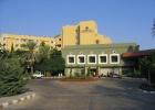 Фото туриста. вид отеля при въезде
