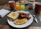 Фото туриста. Завтрак туриста...