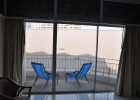 Фото туриста. вид с пятого этажа в первом номере