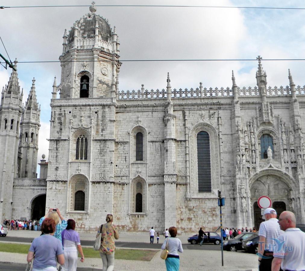 португалия жеронимуш фото и описание южного входа страна, где стоит