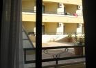 Фото туриста. Вид из номера на крышу и соседний корпус