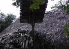 Фото туриста. Солнечная батарея на майянской избушке