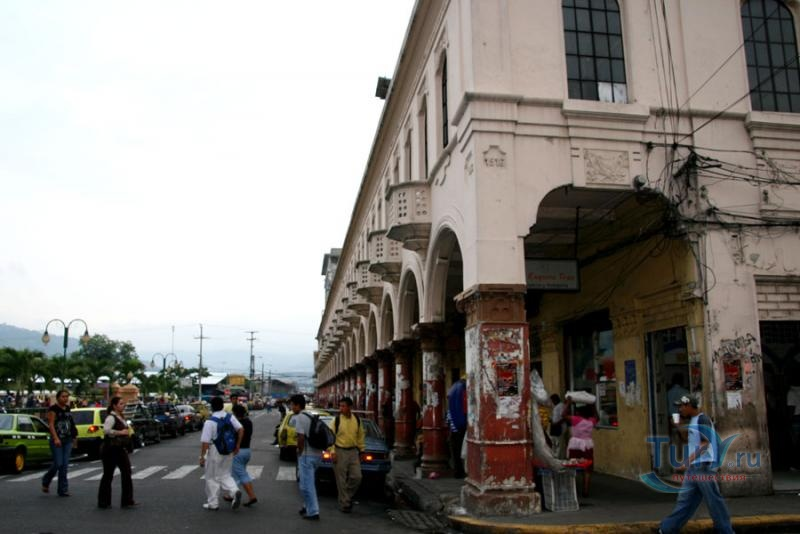 В столице Сальвадора ограбили резиденцию католического епископа