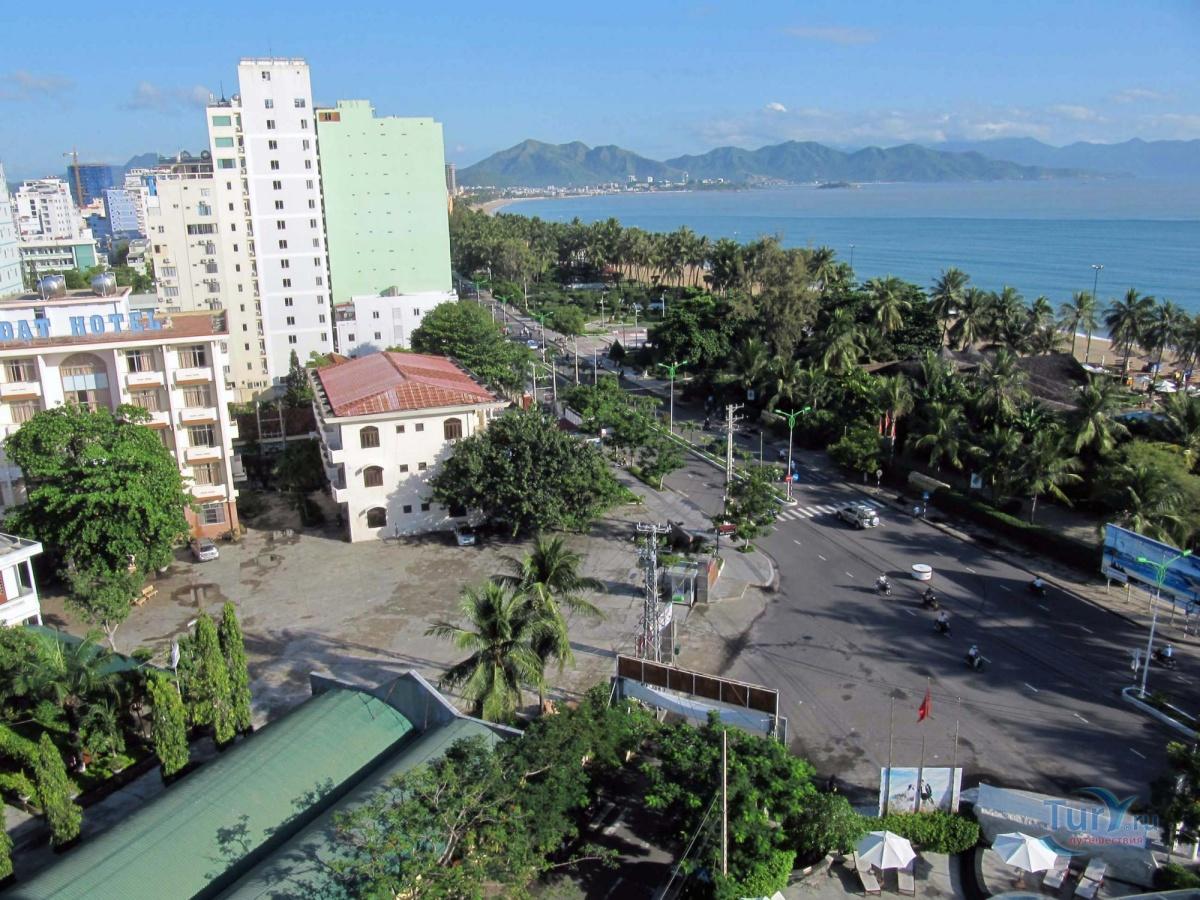 Отель ривьера вьетнам нячанг фото глаз обязательно