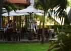 Фото туриста. терасса ресторана утром
