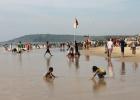 Фото туриста. Пляж Бага в выходной...