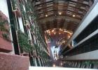 Фото туриста. Внутренность отеля. Вид с последнего этажа