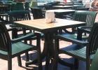 Фото туриста. Дешёвая пластиковая мебель в ресторане отеля