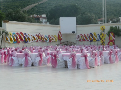 турецкая свадьба венки фото также