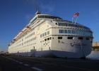 Фото туриста. В порту Санта-Крус-де-Тенерифе. Thomson Majesty.