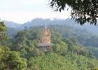 Фото туриста. Будда в джунглях