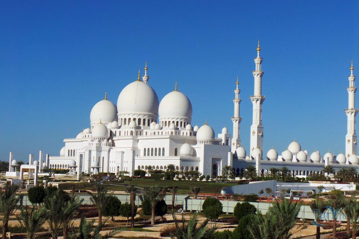 простой быстрый экскурсия в абу даби фото туристов мечети очень простое