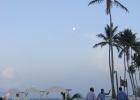 Фото туриста. Вечерний ресторан на пляже