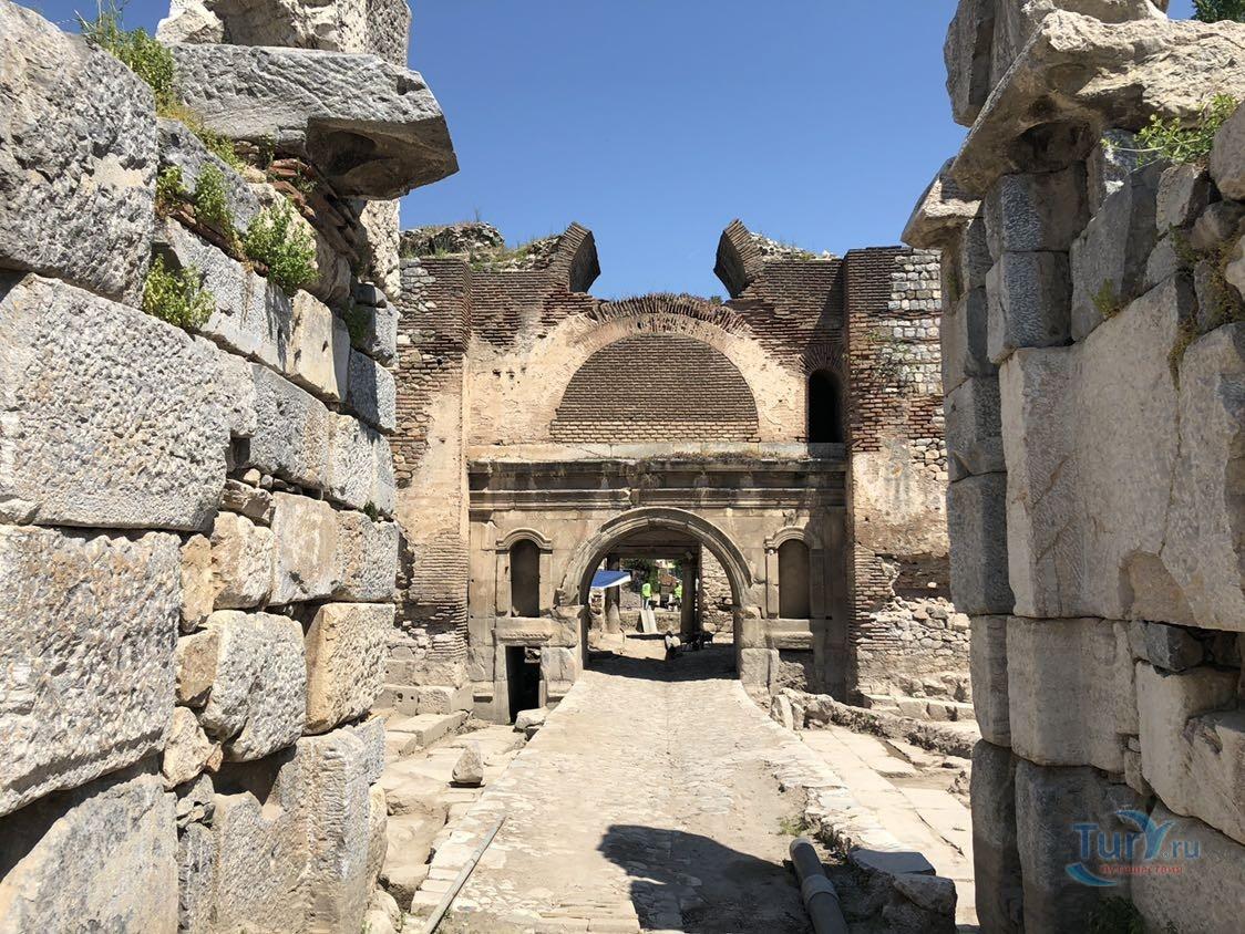 Фото «Северные ворота Никеи» из фотогалереи «Никея» Турция , Изник