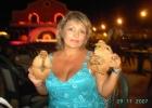 Фото туриста. необычные сувениры из кокоса