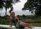 Фото туриста. около отеля с видом на море
