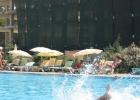 Фото туриста. можете наблюдать ту самую стойку напротив бассейна