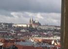 Фото туриста. Ноябрьские тучи над Пражским Градом.