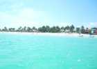 Фото туриста. пляж со стороны океана