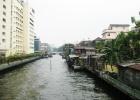 Фото туриста. справа новый корпус отеля(парковка ) с другой стороны а-ля руины....