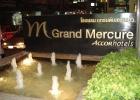 Фото туриста. мааааленький фонтанчик перед отелем:)